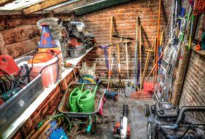 Jaki jest niezbędny sprzęt ogrodowy?