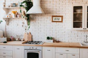 Kuchnia ze sklejki – czy to dobry pomysł?