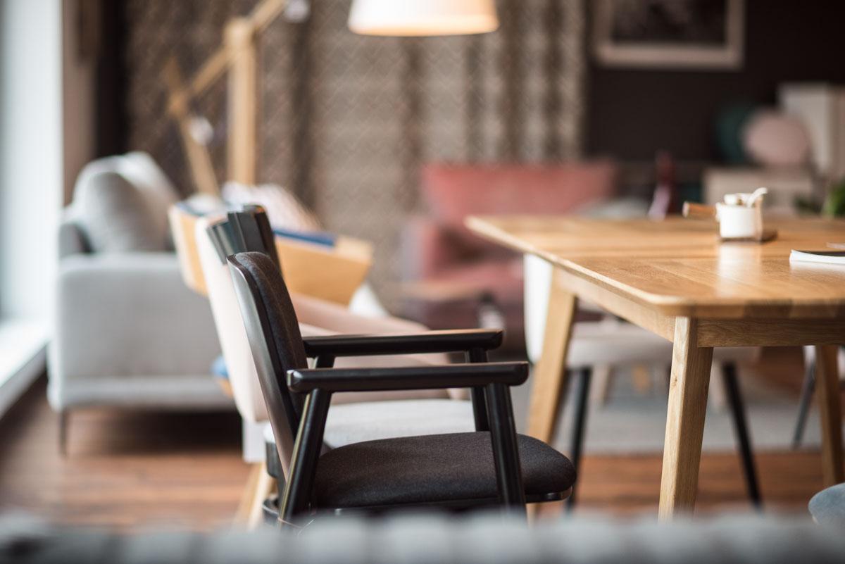 Krzesła i stoły Fameg – Salon meblowy Szczecin